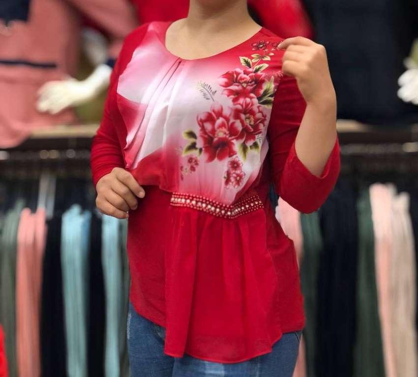 ارزان ترین شومیز مدل زنانه و شیک 1404 در فروشگاه جزیره فیروزی